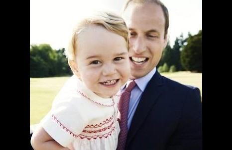 WIKITREE  영국 조지 왕자, 바퀴달린 작은 집 생일선물로 받아