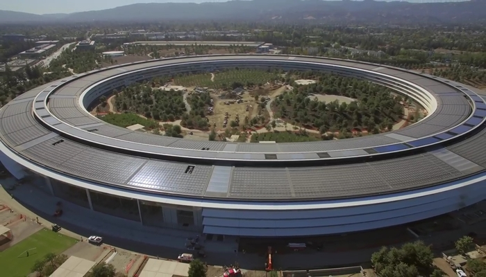완공 직전 애플 신사옥을 드론으로 찍었다 (영상)