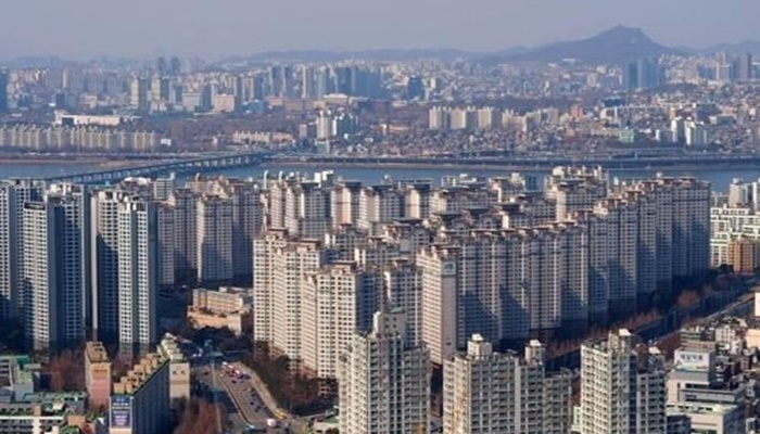 서울 집값 도쿄보다 1억 비싸다…