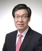 권오준 포스코 회장, '2017 가장 존경받는 기업인 상' 수상