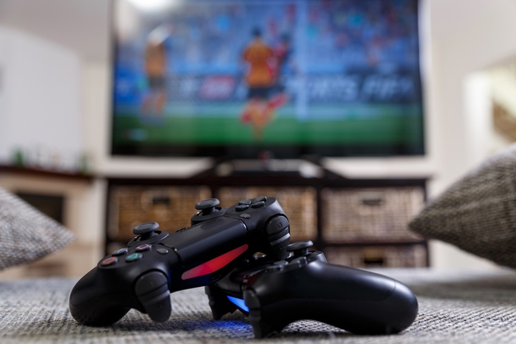 '게임 컨트롤러 양보하지 않는다'며 누나 총쏴 숨지게 한 9세 아동